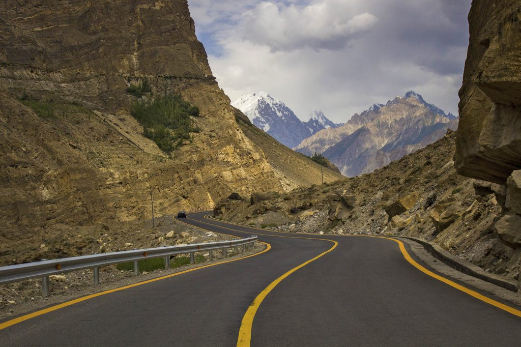 best road trips from mumbai | best road trips in india by cab | all india trip by cab/ taxi | all India road trips | roadtrips in India |