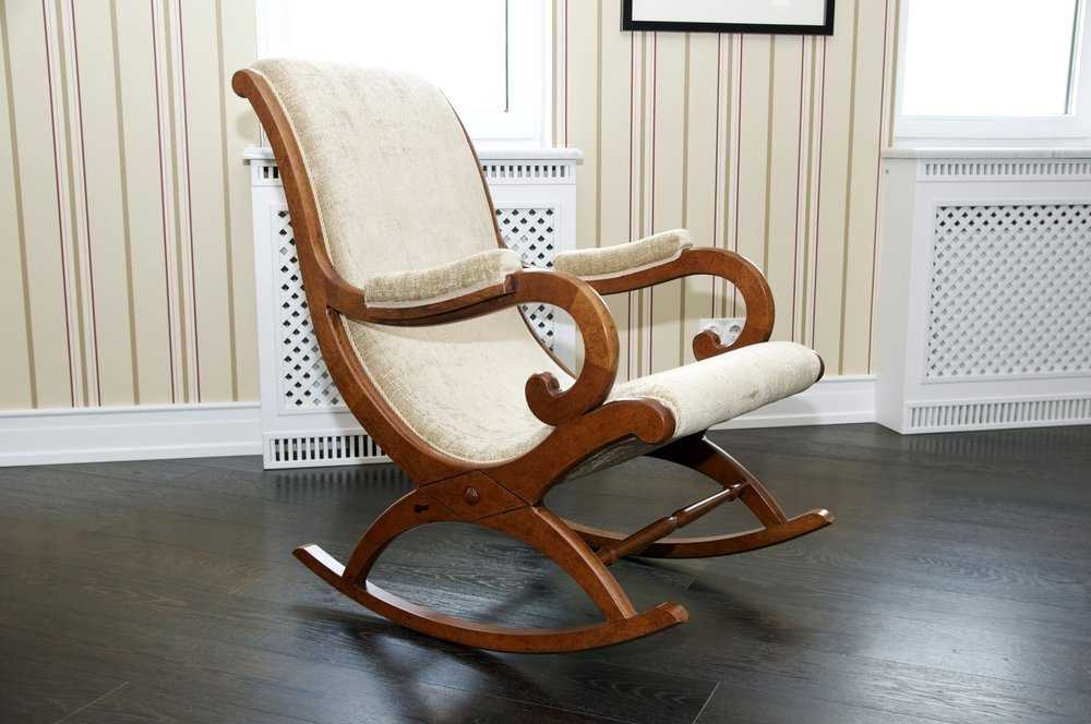 Teak Wood Antique Rocking Chairs Is a Great Purchase